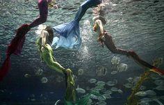 mermaid-divers