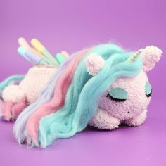 2cats1dollDIY Unicorn Pencil Case! The full tutorial is up on my YouTube channel 2 Cats & 1 Doll.