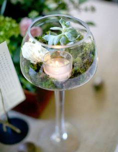 Diy centerpieces 357543657897480534 - Making your own DIY wedding centerpieces will not only give you the opportunity to get creative, but your budget will thank you for it. Source by chickenen Unique Wedding Centerpieces, Diy Centerpieces, Wedding Decorations, Table Decorations, Budget Wedding, Wedding Table, Diy Wedding, Fall Wedding, Wedding Ceremony