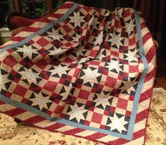 An Americana quilt for the Olde Glory bedroom of the retreat! Love the border!  This is from a Fons and Porter book.