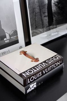 Homevialaura | Work space | home office | coffee table books | Fotografiska posters