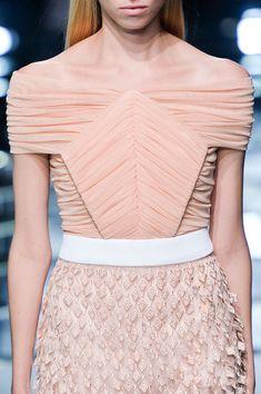 Balenciaga at Paris Spring 2015 (Details)