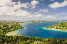 There are 83 islands that make up Vanuatu. Some are uninhabited but we have chosen the small island of Efate.