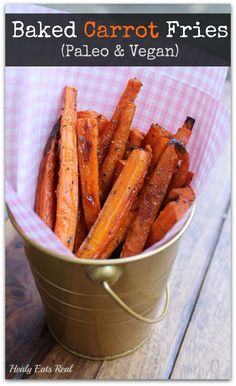 Easy Baked Carrot Fries Recipe (Paleo, Vegan, AIP) This baked carrot fries recipe is nutritious, tasty and fun. With just a few simple ingredients these carrot fries are a quick and easy snack to make! Vegan Snacks, Easy Snacks, Vegan Recipes, Cooking Recipes, Paleo Vegan, Whole30 Recipes, Carrot Recipes, Healthy Snack Recipes, Healthy Fries
