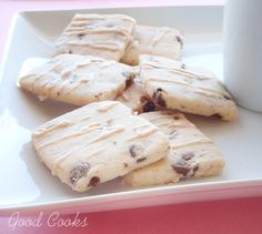 http://goodcooks.wordpress.com/2012/03/20/chocolate-chip-shortbread-with-earl-grey-infused-glaze/
