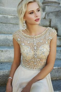 Beautiful sequence off-white dress with earrings and bracelet