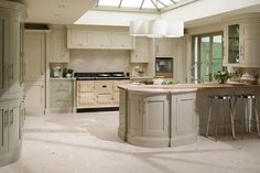 Shaker Kitchens - Natural Wood and Hand Painted | Broadway Birmingham