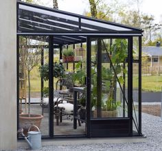 Greenhouse Attached To House, Outdoor Greenhouse, Outdoor Pergola, Modern Backyard, Backyard Patio, Backyard Landscaping, Rooftop Terrace Design, Garden Room Extensions, Balcony Plants