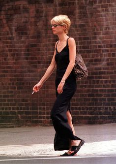 08 Sep 97 - Out and about NYC - 090897-aboutnyc-0001 - GWYNETH PALTROW ONLINE GALLERY || Part of Gwyneth Paltrow Online