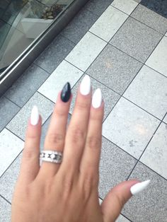 Black and white stiletto nails PERFECT length.... lots of stiletto nails are TOO long >_