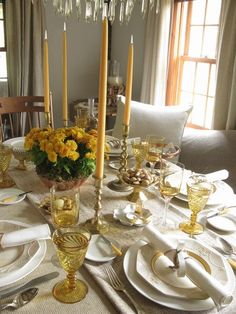 Formal Table Decoration Ideas | Thanksgiving Table Centerpiece