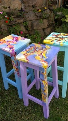 42 Outstanding Diy Painted Chair Designs Ideas To Try - Home Decor Hand Painted Chairs, Whimsical Painted Furniture, Hand Painted Furniture, Funky Furniture, Paint Furniture, Repurposed Furniture, Furniture Projects, Furniture Makeover, Diy Projects