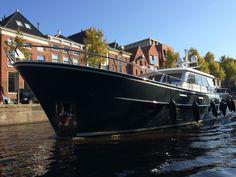 Groot schip door lage der A. Groningen.