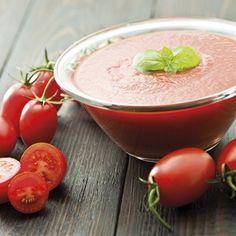 Succo di pomodoro, prugne e uva