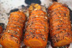 Hasselback gulerødder