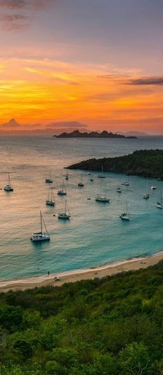 We wish the world of happiness …Come luxury yachting in Sardinia with Gulet Yacht Charter CruisesCome live the dream and make lasting memories with Gulet Victoria.#yacht #yachting #boating #fashion #love #holiday #travel #vacation #sardinia #italy www.yachtboutique.eu