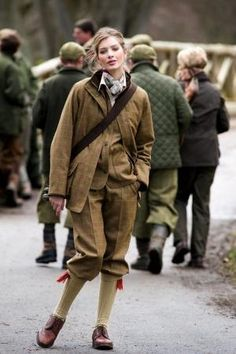 Tweed coat and Breeks.