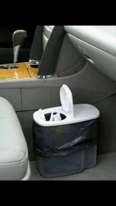 Garbage can for your car out of a cereal container