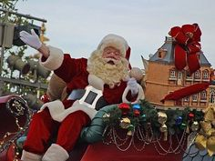 The 2016 Rogers Santa Claus Parade Is Coming https://keywestford.com/news/view/2353/The-2016-Rogers-Santa-Claus-Parade-Is-Coming.html?source=pi