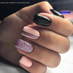 Nageldesign Glitzernagel Design Nagellack Ideen Winter Nägel Cocaine Use Among Teens Cocaine is a po Square Nail Designs, Nail Art Designs, Nails Design, Short Square Nails, Short Nails, Winter Nail Designs, Trendy Nails, Stylish Nails, Toe Nails