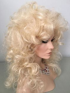 Drag, Queen, Wigs, Gorgeous, Wavy, Natural Looking Hairline, Pale Blonde
