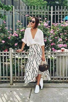 Slouchy white blouse | Print maxi