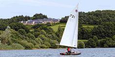 Le retour de l'été et des activités nautiques sur le lac de la Raviège