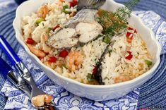 Receita de Arroz de dourada com camarão. Descubra como cozinhar Arroz de dourada com camarão de maneira prática e deliciosa com a Teleculinária!