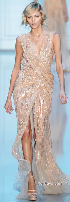 Love this split and top.. #weddingdress Just need tighter fit in middle -Elie Saab Fall Winter 2011 Haute Couture Collection