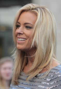 Kate Gosselin Owns Jon, Gets Christmas With the Kids