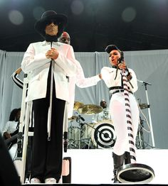 Prince & Janelle Monae: Prince performs with Janelle Monae at Mohegan Sun Arena on Dec. 29, 2013 in Uncasville, Conn.