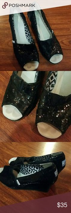 Toms open toe black sequined wedges size 8 1/2 . TOMS Shoes Wedges