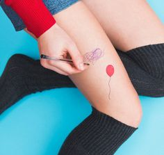 Bufa, a red balloon by Tattoonie Premium Temporary Tattoos. #t4aw #temporarytattoo #tattoonie #balloon #balloontattoo