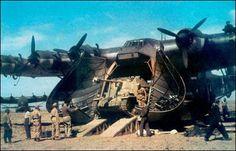 El Messerschmitt Me-323 fue la aeronave de transporte pesado de la Luftwaffe alemana durante la Segunda Guerra Mundial y el primer aparato capaz de aerotransportar blindados ligeros y artillería en apoyo de las operaciones terrestres de la Wehrmacht en el frente ruso y el norte de áfrica. Apodado Giant (gigante) debido a sus dimensiones, el Me-323 fue el aparato de transporte más grande desplegado por los contendientes durante la Segunda Guerra Mundial.