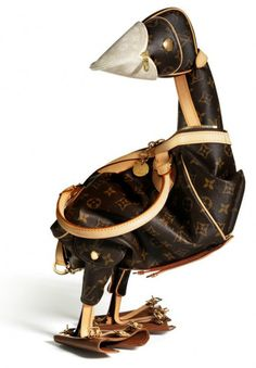 Artist Billie Achilleos turns Louis Vuitton bags into amazing animal sculptures 'for the luxury fashion house'sMaroquinaris Zoologicae, celebrating their 100th anniversary.