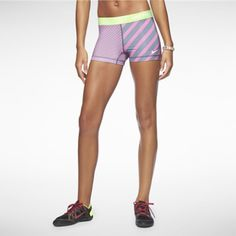 Nike Pro Essential Printed 2.5' Women's Shorts