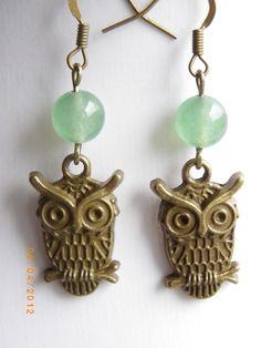 Owl Antique style bronze tone charm Jade beads earrings $8.99