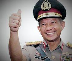 Tunjuk Tito, Jokowi Dinilai Melanggar Pasal 11 No 2 Tahun 2002 tentang Kepolisian
