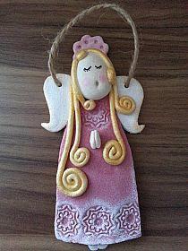 Liliowe sukienki - Kasia Michalak-Zimnal - Picasa Web A… na Stylowi. Polymer Clay Ornaments, Polymer Clay Projects, Diy Clay, Paper Clay, Clay Art, Christmas Crafts, Christmas Angels, Christmas Ornaments, Clay Angel
