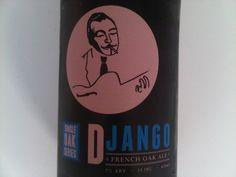 Cerveja Urbana Django French Oak Ale, estilo Wood Aged Beer, produzida por Cervejaria Urbana, Brasil. 7% ABV de álcool.