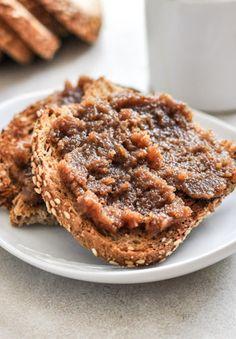 Roasted Pecan Pumpkin Butter | howsweeteats.com