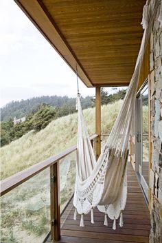 Enfriar formas de colgar una hamaca para una siesta de verano perezoso