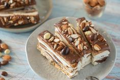Semifreddo with mascarpone cheese and hazelnut cream: the recipe for a super tasty dessert | Cookist.com