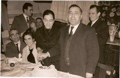 Confeitaria Pérola - BarcelosJoaquim Pereira Gomes que em 1941 casou com  Maria Glória Macedo Fernandes, actualmente a confeitaria mantêm-se na família.