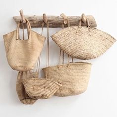 Straw bags wicker baskets natural living eco friendly organic living style sustainable living