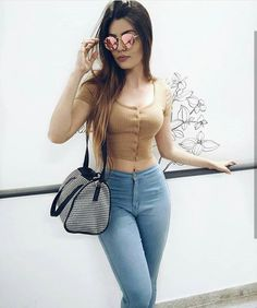 Sexy Girls for You! Sexy Outfits, Chic Outfits, Summer Outfits, Girl Outfits, Fashion Outfits, Runway Fashion, Fashion Models, Girl Fashion, Womens Fashion