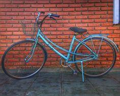 https://www.enjoei.com.br/p/bicicleta-caloi-ceci-1983-14474264?gclid=CjwKEAiAi4a2BRCu_eXo3O_k3hUSJABmN9N15x79-YXNCOkCy9RohvUFvqwh0jCzdmXq1tyL5UK9sxoCUxbw_wcB