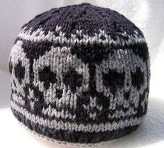 Knit skull capknitted skull beanie / Pirate by NingNingGong