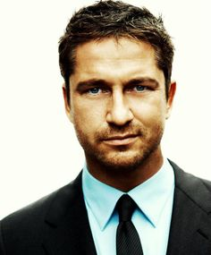 Gerald Butler. My all time favorite male actor. You know... I had NO idea he was the phantom in The Phantom of the Opera movie. My mind is blown!