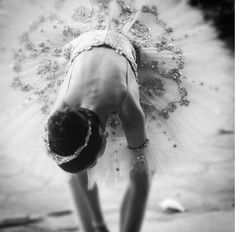 www.theworlddances.com/ #bunhead #dance